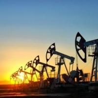 КПРФ предлагает выплачивать россиянам по 10 000 рублей от торговли нефтью и газом
