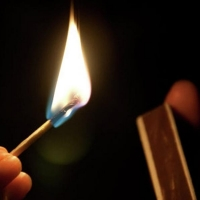 Пьяного омича осудили за поджог отцовского дома