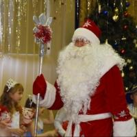 На новогоднем празднике побывали дети осужденных