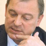 Бывший глава Калачинского района поддержал Виноградова