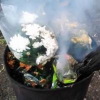В Омске сожгли розы и хризантемы для «ОБИ» и «Леруа Мерлен»