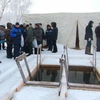 Популярную купель под Омском пока боятся открывать