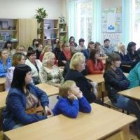 В Омске три с половиной часа проработает горячая линия о поборах в школе