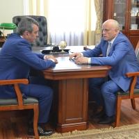 Сергей Меняйло и Виктор Назаров обсудили развитие Омской области