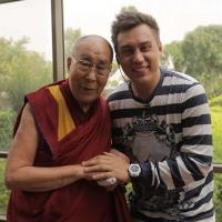 Впервые в СНГ блогер взял интервью у Далай-Ламы