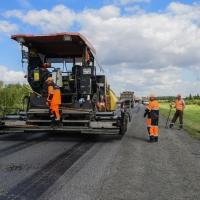 В среднем ремонт одного километра омских дорог обойдется в 16,7 млн рублей