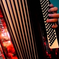 Музыкант-сирота скончался в Омске