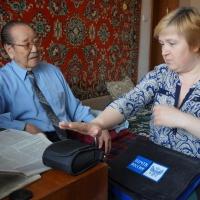 В Омске станет больше почтальонов с мобильными терминалами