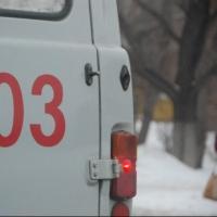 Пешехода, лежавшего на трассе в Омской области, переехала иномарка
