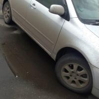В Омске рецидивист похитил у автоледи магнитолу и флешку