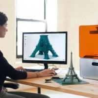 В День учителя Сбербанк подарил еще двум омским школам 3D-принтеры