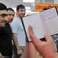 В Омске на рынке поймали 6 нелегальных мигрантов