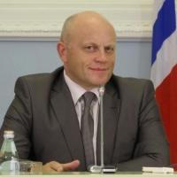 Омский губернатор стал пятидесятой персоной в ТОПе