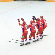 """Главный тренер омского """"Авангарда"""" не знает о дальнейших задачах команды"""