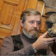 Омская студия косторезного искусства открывает выставку