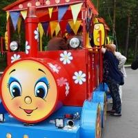 Депутаты в омском парке прокатились на паровозике «Чих-Пых»