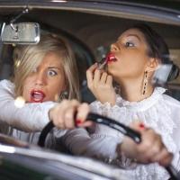 В Омске девушка на «Тойоте» врезалась в пять маршруток и пешехода