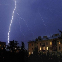 Гроза и град завершат жаркую погоду в Омске