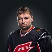 Денис Куляш подарил селу в Омской области новую хоккейную площадку