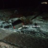 В Омске нетрезвый таксист улетел в кювет