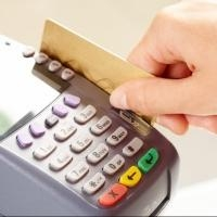 Сбербанк снизил комиссию на проведение платежей  с помощью банковской карты