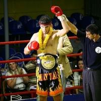 В Омске забрали в армию чемпиона мира по тайскому боксу