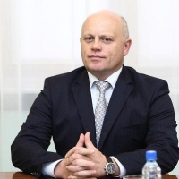 """Омский губернатор стал лидером рейтинга """"Медиалогии"""""""