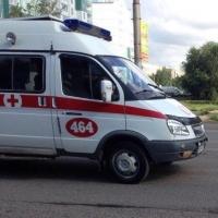 В Омске в результате аварии госпитализировали мотоциклиста