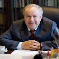 Шишов и Омский завод металлоконструкций прекратили сотрудничество