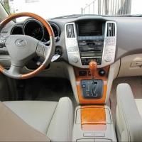 У министра имущества Омской области появился Lexus RX 330