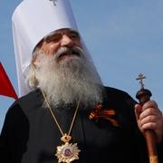 Митрополит Омский и Тарский Феодосий ушел на покой