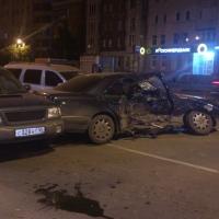 В Омске 20-летняя девушка погибла в столкновении пяти автомобилей