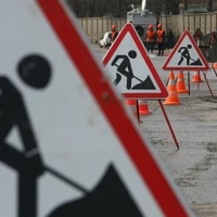 Госзаказ на ремонт дорог в центре Омска получил «ГРИАР Холдинг»