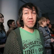 Дамир Муратов выйдет на камерную сцену