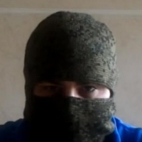 Омский десантник записал видеообращение об обрушении казарм и коррупции, спрятавшись под балаклавой