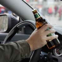 Пьяный омич хотел скрыться от Росгвардии на заднем сиденье своего авто