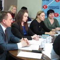 Как обеспечить жителей региона дешевыми лекарствами - знает омская РЭК