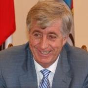 Виктор Шрейдер предложил меры по ограничению роста тарифов ЖКХ