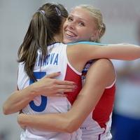 """Две волейболистки """"Омички"""" поборются за Кубок Ельцина"""
