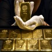 Омичи разместили в Сбербанке 680 килограммов виртуального золота