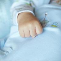 Пьяный омич забил до смерти трехмесячного сына