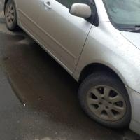 В Омске задержаны серийные-воры, вскрывавшие машины