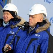 Виктор Назаров и Алексей Миллер открыли производство дизельного топлива Евро-5