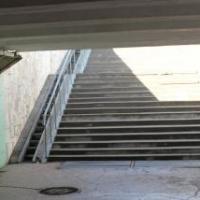 В Омске считают допустимым обрушение плитки в подземном переходе