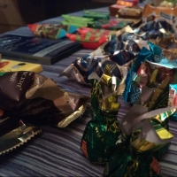 Омская мэрия закупает килограммовые новогодние подарки для детей