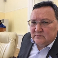 Самому богатому депутату Якутии принесли счет за обед на 13 млн рублей
