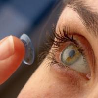 Сажают ли линзы зрение 20
