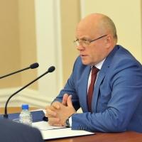 Новый закон по-новому спросит с омской власти за транспортное обслуживание