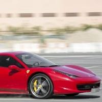 Омский министр спорта обогнал самолет на Ferrari Дениса Куляша