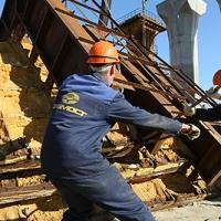 """Областное правительство всеми силами пытается сохранить """"Мостовик"""""""
